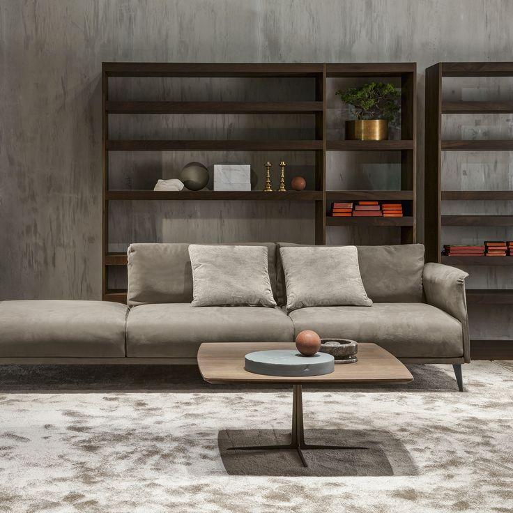 Per chi ama i grandi spazi, quattro proposte di divano in pelle per arredare un #loft. Thomas, Spike, Stile Libero e Foster: un design travolgente, una comodità accogliente.