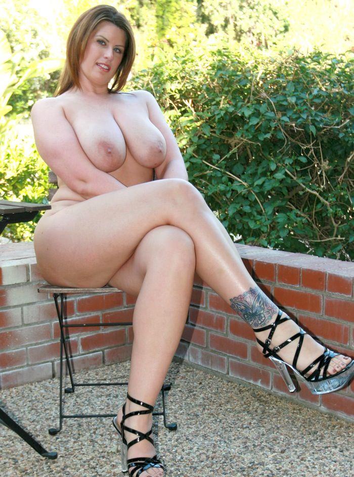 lisa sparxxs naked ass