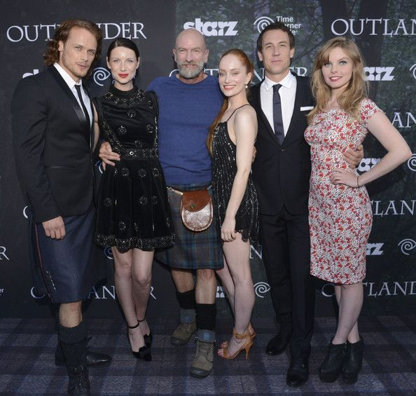 "Actors Sam Heughan, Caitriona Balfe, Graham McTavish, Lotte Verbeek, Tobias Menzies and Nell Hudson attend the Starz Series ""Outlander"" Premiere - Comic-Con International 2014 at Spreckels Theatre on July 25, 2014 in San Diego, California."