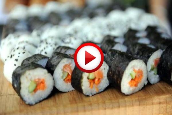 Learning To Make Sushi Video https://apps.facebook.com/yangutu