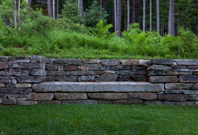 Stein Gartenbank Rasen Terrassen Wald Mauer