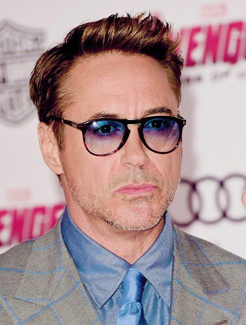03a5de77a6 Robert Downey Jr. wearing Persol EyeWear