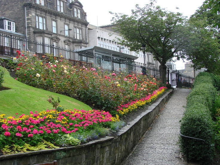 Edinburgh Scotland - Princess Street Gardens
