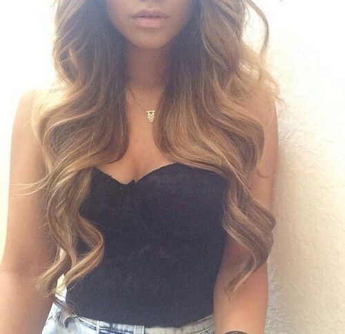 My hair almost looks like this when I curl it ❤️☺️
