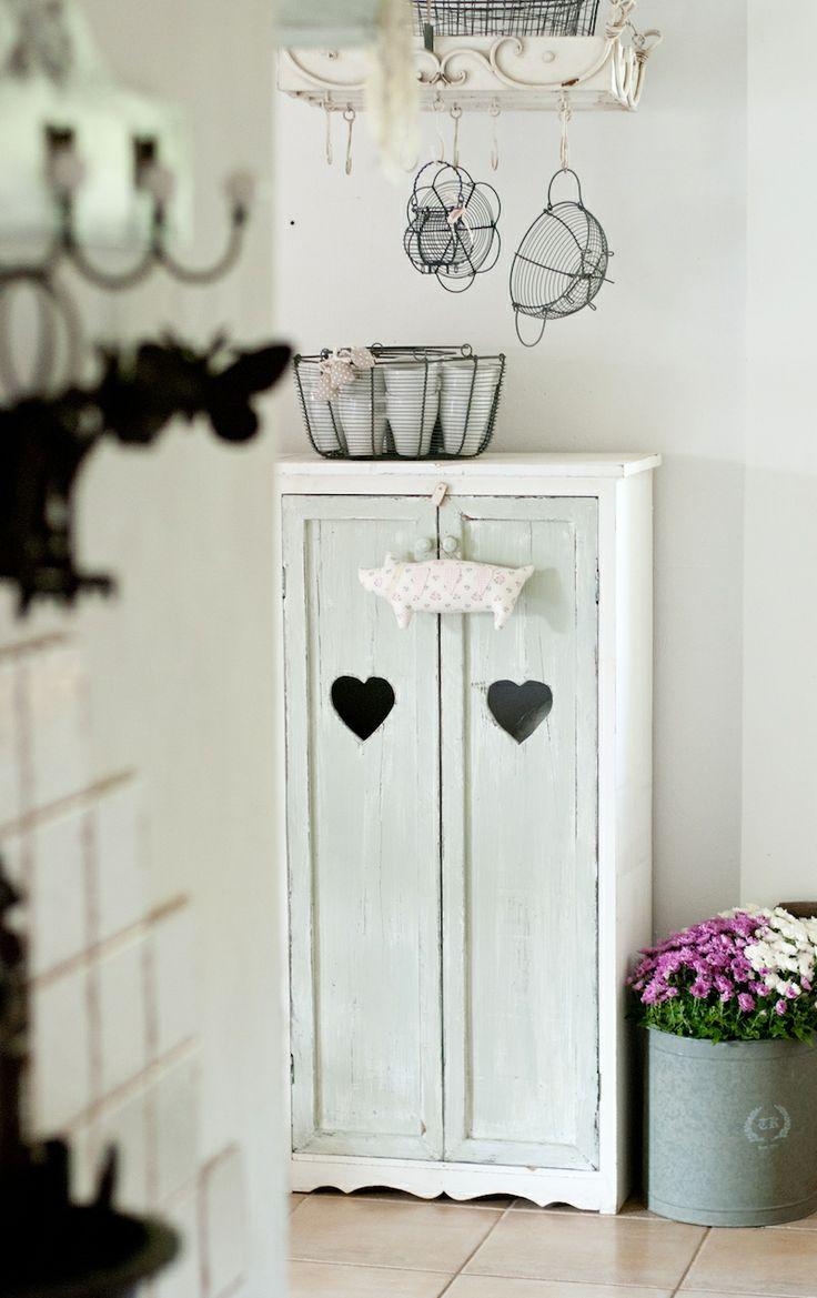 Krasilnikoff baskets, mint, white, Minty House interiors photography