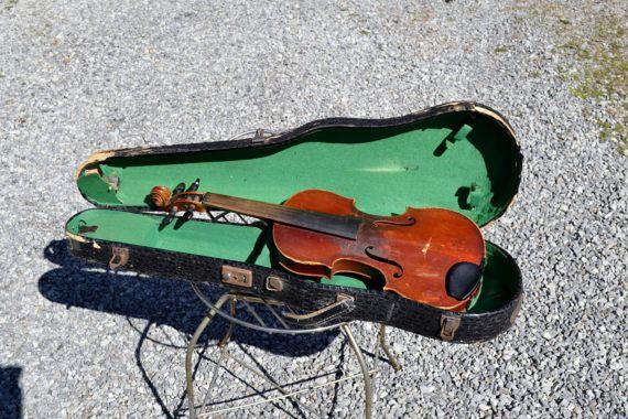 Vintage Violin and Case Antonius Stradivarius Musical