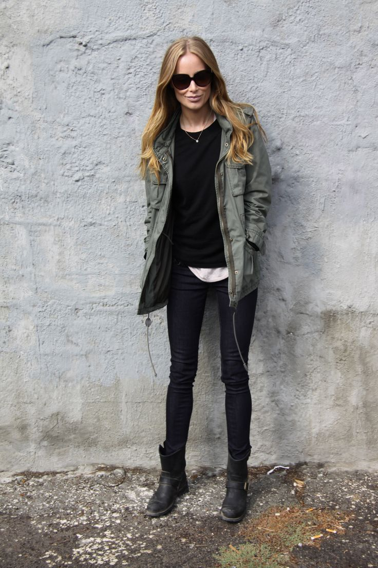 #traveloutfit with edge. moto boots and military inspired jacket + all black. Anine Bing