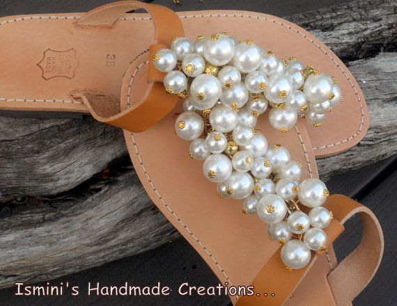 Handmade leather sandals with bunches of by IsminisJewelryStore, €37.00