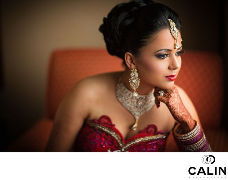 Photography by Calin - Indian Wedding Photography Toronto:  When I photographed this Indian wedding at Evergreen Brick Works in Toronto I had no idea how beautiful this location is. With a&nbsp,five minute walk, a Toronto wedding photographer can find beautiful graffiti walls to give his clients an urban look, a pond and splendid pathways which make you think you are in a secluded area. In the fall, Evergreen Brick Works is very popular for wedding day and engagement portraits because of…