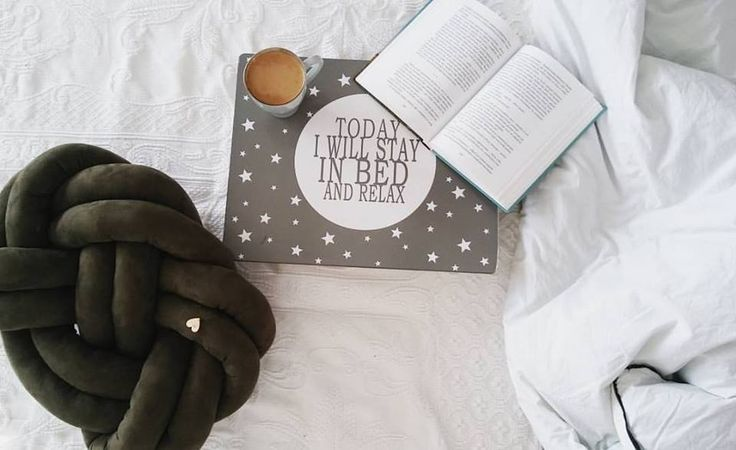Warm bed, favourite coffe and our knot pillow. Perfect <3