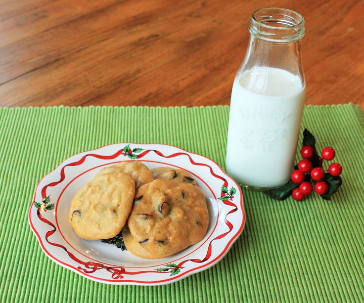 It is completely possible to eat REAL FOOD over the holidays!! You can make memories with your kids and have fun baking without eating processed food and food dyes. I created this recipe as a challenge to myself to see if I could bake without added sugar. Mission accomplished!These cookies are gluten/grain free, dairy free, food dye free and sugar free (depending on what add-ins you use). They also take only about 3 minutes to throw together. Win/win :)They taste delicious, but not super…