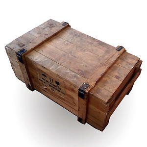 Alte Truhe Holz Kiste Shabby Chic Vollholz Frachtkiste Vintage Wohnzimmer Tisch