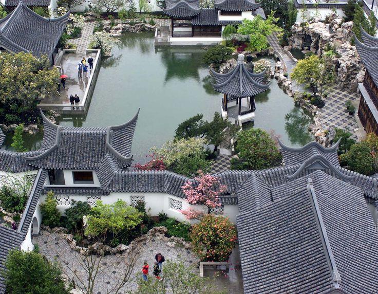 fuckyeahchinesegarden:Suzhou garden, China.