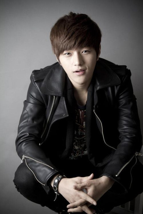 Kim Myung Soo (L) | Thts kpop for ya;) | Pinterest