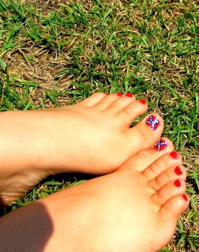 Confederate Flag Toes