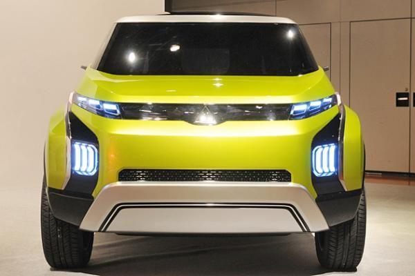 Mitsubishi Concept AR, MPV Penerus Grandis - Vivaoto.com - Majalah Otomotif Online