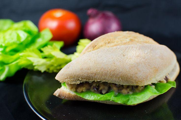 Thunfisch-Salat bzw. Aufstrich vegan? Ja, warum denn nicht! Ein Rezept für alle, die den Geschmack des Meeres vermisst haben.