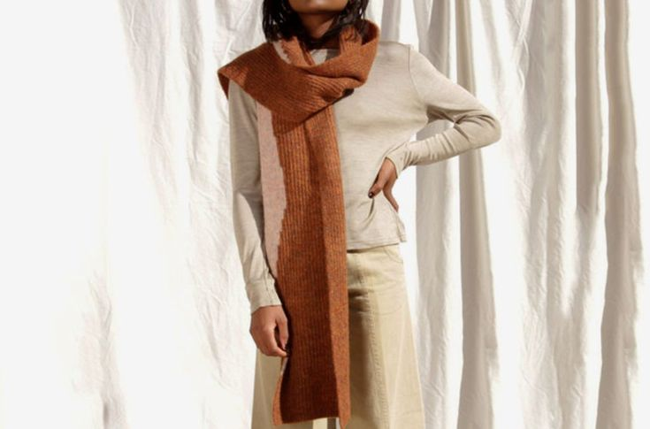 30 Comfortable Fall Scarf Ideas to Warm Your Body in Fall