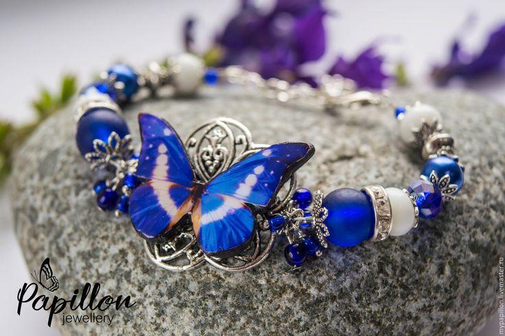Купить Браслет Бабочка лазурно-белая - синий, браслет, Браслет ручной работы…