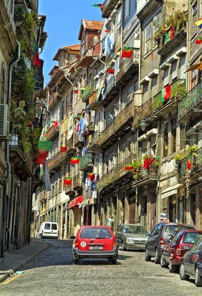 Rua de Belomonte no Porto www.webook.pt #webookporto #porto #rua #ruasdoporto
