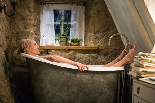 this tub....and the stone cottage it is housed in....