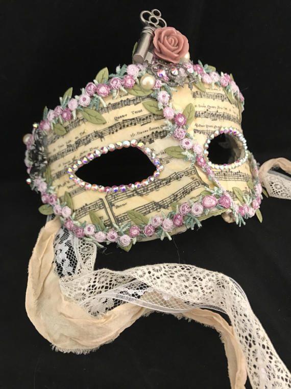 Lady Songs of Spring / Venetian Mask