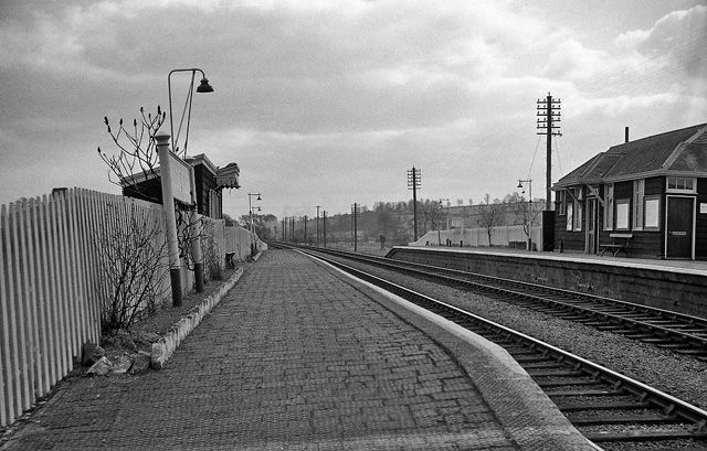 """24 March 1962, """"Blockley Station View SE, towards Oxford etc.; ex-Great Western main line, (London - Reading) - Oxford - Worcester. Station closed 3/1/66.""""  Copyright Ben Brooksbank and licensed for reuse under this Creative Commons Licence."""