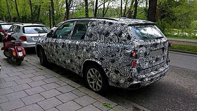 Upcoming BMW X7 SUV 2018