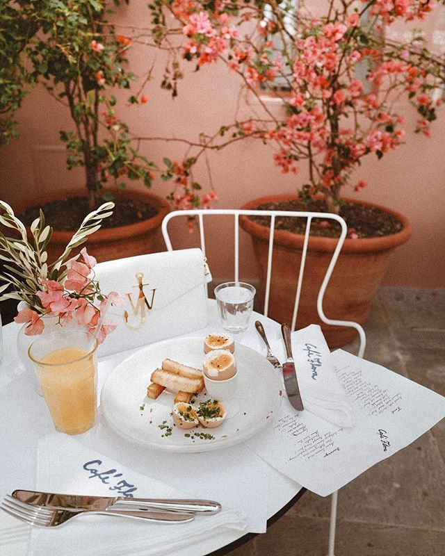 My Favorite Cute Cafes Lunch Spots In Los Angeles Spreadfashion Cute Cafe La Eats Cafe