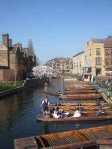 Cambridge Calling - a sweet travel post by Laura Mannering.