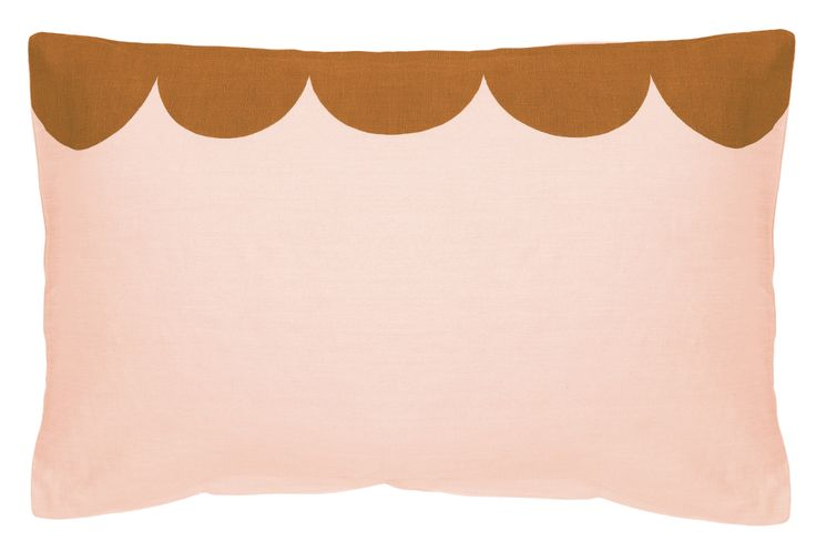 BLUSH LINEN SCALLOP PILLOWCASE – Castle and Things