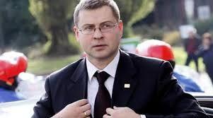 Ντομπρόβσκις: Ελπίζω σε συμφωνία έως το επόμενο Eurogroup: Την πεποίθηση πως οι θεσμοί και η Ελλάδα θα έχουν καταλήξει σε συμφωνία έως το…