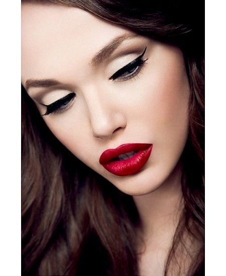 Loving everything about this look.  Simple eyes & bold lips