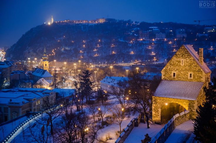 Look how wonderful is the snowy Budapest - Photo Essay