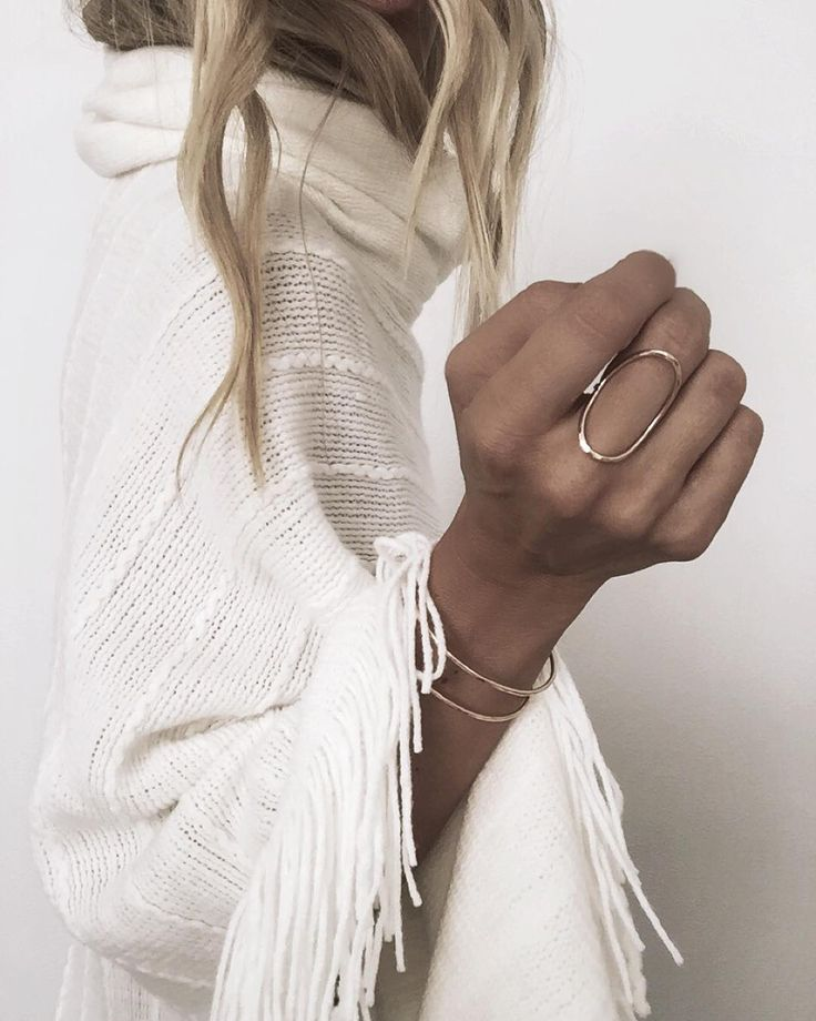 "JAMES MICHELLE on Instagram: ""Oval Ring "" Pinterest @jessiicaraso ≫"