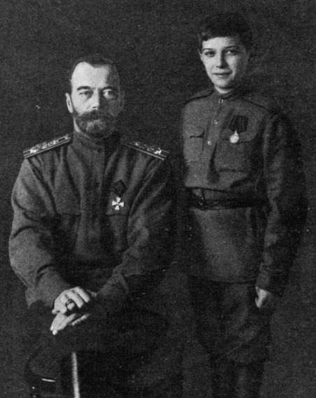 one of my favorite pictures of Tsar Nicholas II and his son Tsarevich Alexei of Russia. look at that smile!