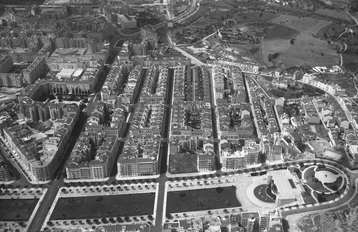 Vista aérea sobre a Alameda e o Areeiro, Lisboa (A. Nunes, <em>c</em>. 1950)