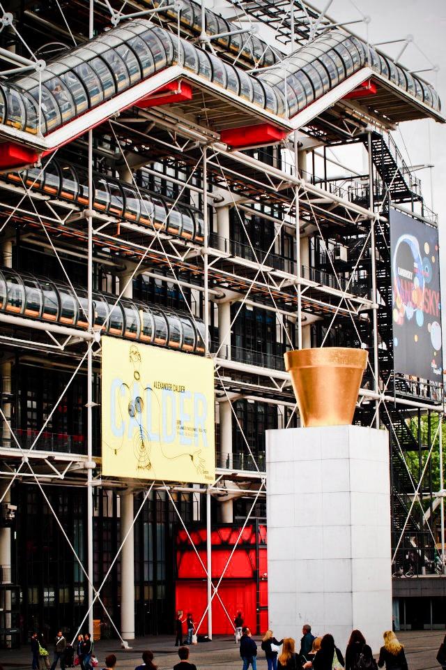 93 best le centre de george pompidou images on pinterest for Art minimal pompidou