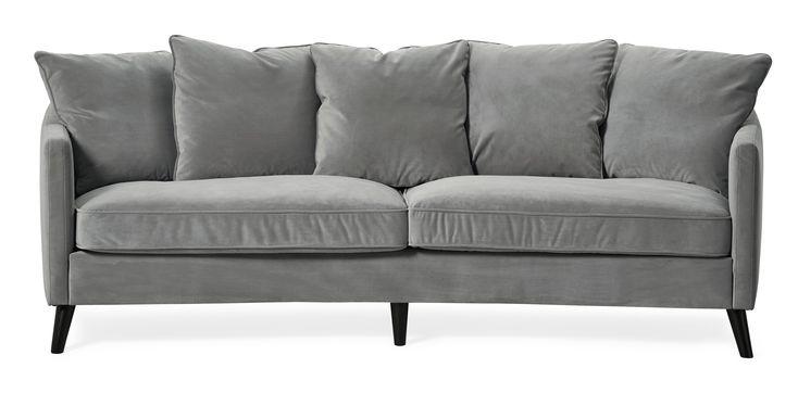 Mirage är en klassisk svängd soffa med moderna drag. Den har en mjuk komfort med fjäderblandning. De rundade formerna, lätt utställda eller raka ben, är detaljer som tillsammans med lösa ryggkuddar gör Mirage till en favorit. Komplettera gärna med Mirage fåtölj.