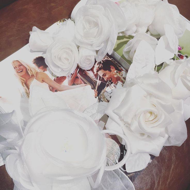 . コサージュが入荷しました! 2,000円からございます☺︎ ドレスのワンポイントにいかがでしょうか?✨ . . #dressevery#ドレスエブリ#weddingdress#wedding#ウエディング#ウエディングドレス#セルドレス#dress#tuxedo#タキシード#pronovias#importdress#import#インポート#インポートドレス#花嫁#プレ花嫁#bridal#結婚準備#三宮OPA2#神戸#三ノ宮#関西花嫁#ドレス迷子#FF#instafollow#l4l#tagforlikes#followback http://gelinshop.com/ipost/1522268416572192146/?code=BUgLw8-lPWS