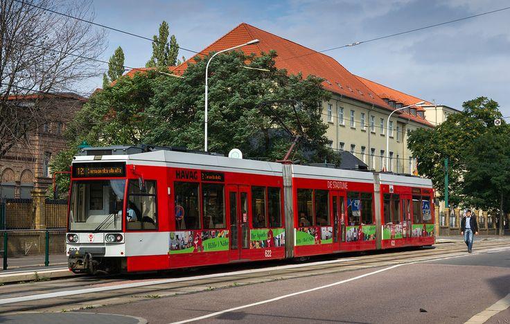 halle saale tram line 12 at magdeburger stra e transports urbains et fer oeffentliche. Black Bedroom Furniture Sets. Home Design Ideas