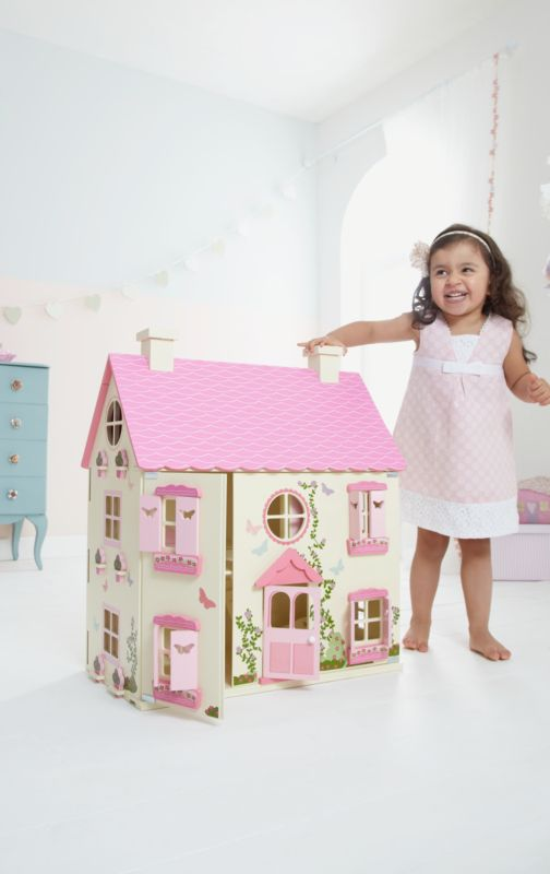 Cute, but rather big.....would go in her room once other furniture has gone?