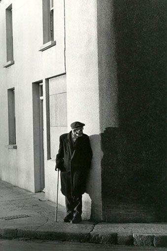 Eva Rubinstein: Man, shadows, Dungarvan, Ireland, 1970