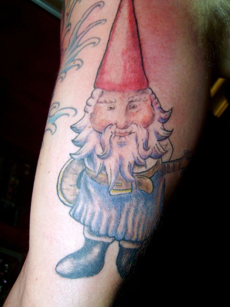 179 best images about tatouages de gnomes gnome tattoos for Garden gnome tattoo designs