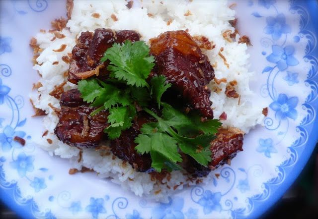 Food Endeavours of the Blue Apocalypse: Babi Kecap - Indonesian braised pork in sweet soy ...
