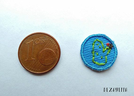 Micro toppa ricamata a mano Ramon Cactus  azzurro  - patch - cactus lover - cactus mania - hand embroidered - accessori giacca jeans