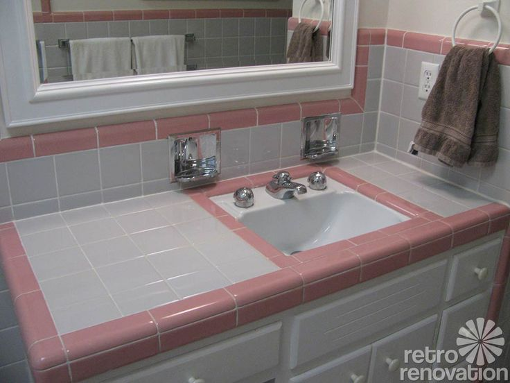 Vintage bathroom tile - 171 photos of readers' bathroom designs - Retro Renovation
