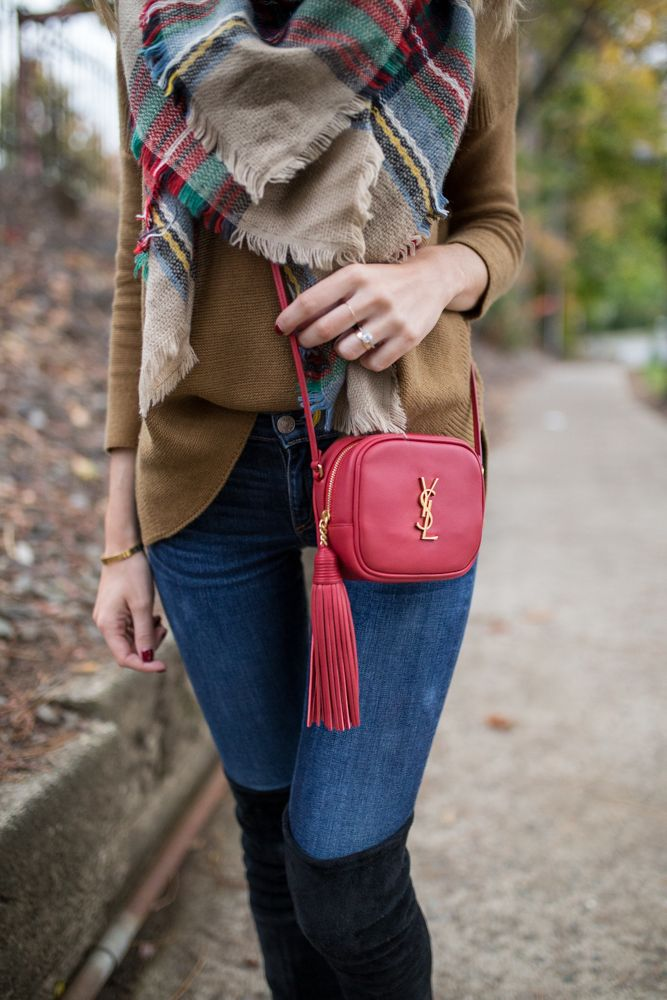 Holiday Outfit // Red purse, brown sweater & plaid scarf