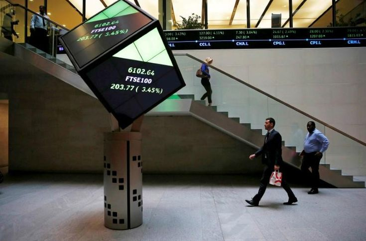 FTSE gains thanks to miners, Prudential