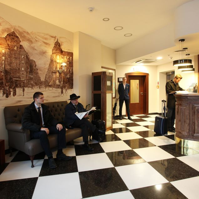 Hotel Piast Wrocław check - in time #silfor #siecsilfor #silforpolskiehotele…